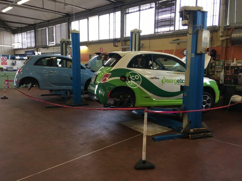 Fiat 500e service