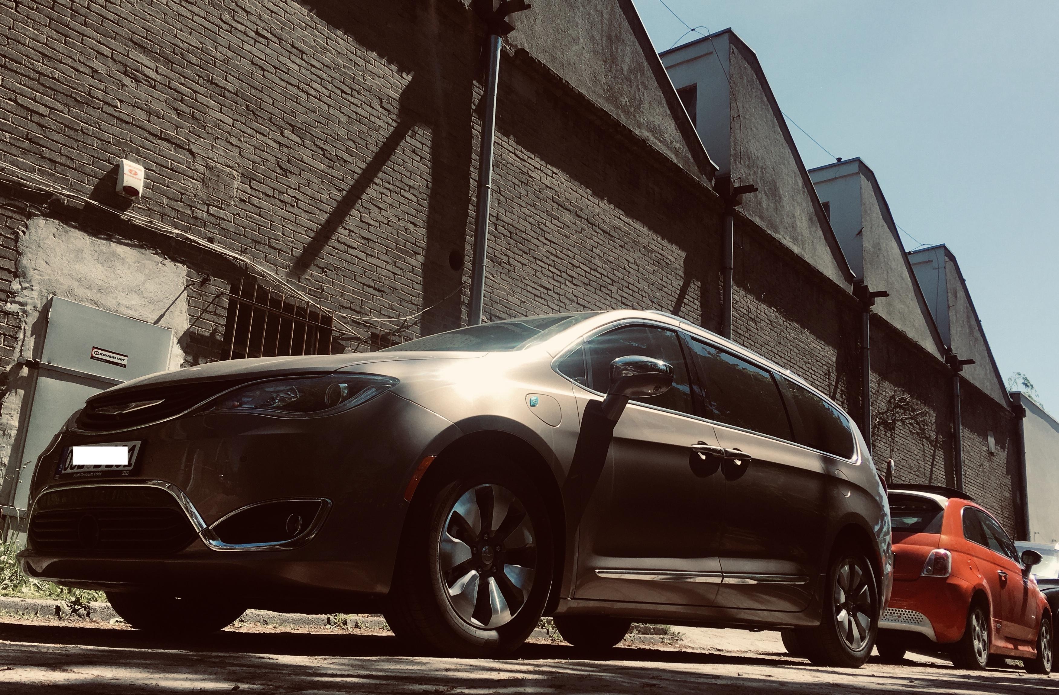 Chrysler Pacifica PHEV