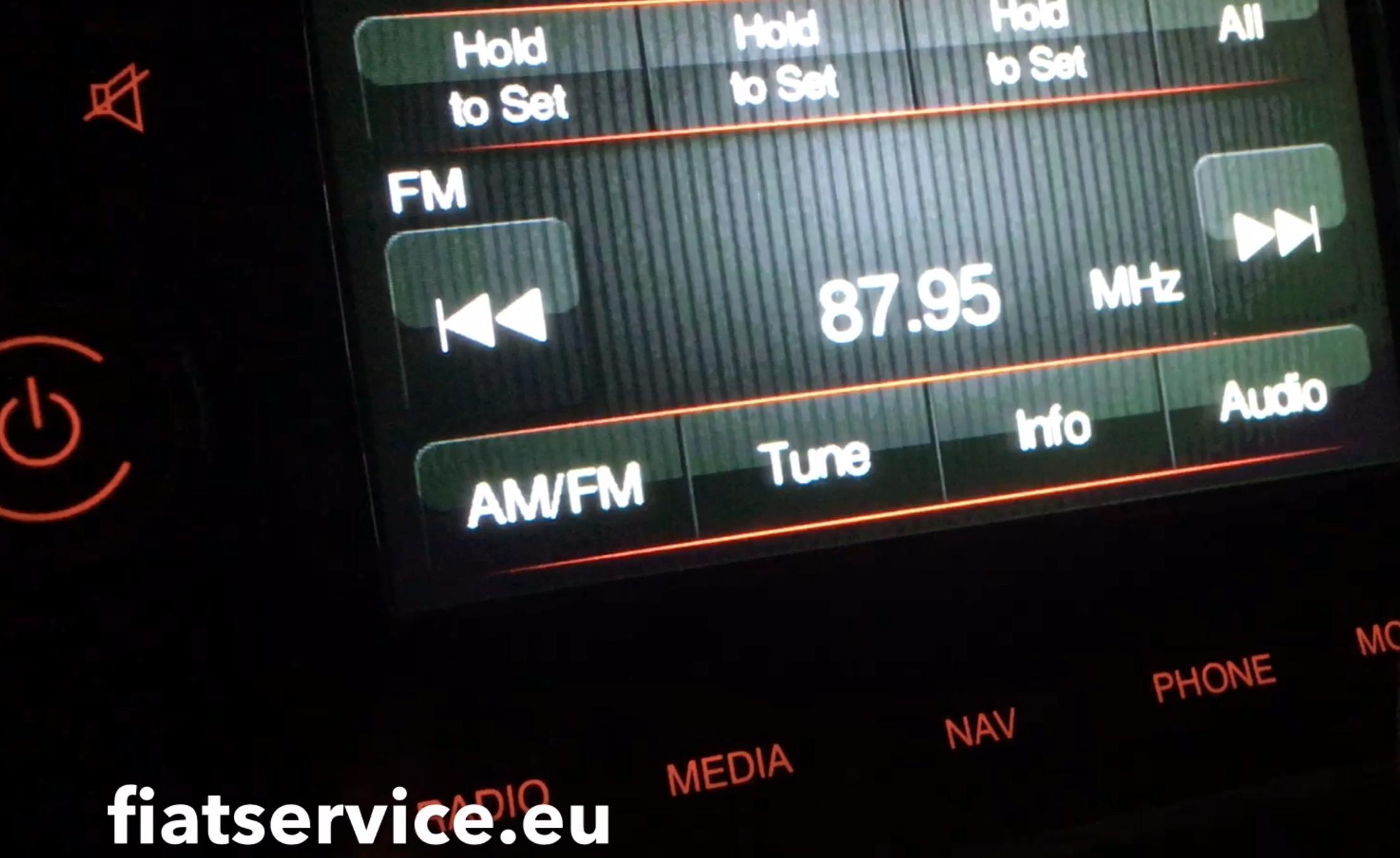 Převést 500e rádio na evropské nastavení