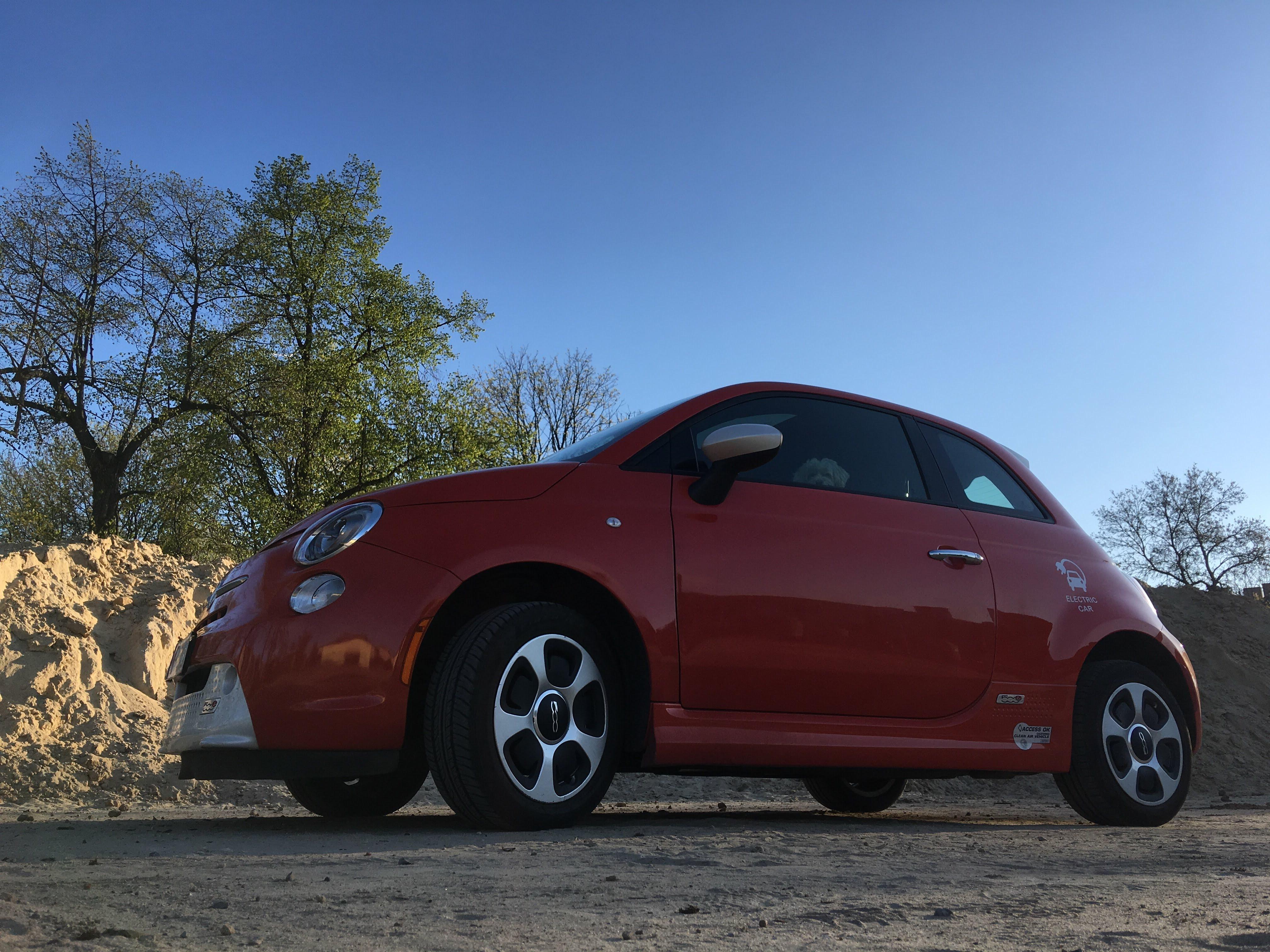 Fiat 500e Inspektion vor oder nach dem Kauf