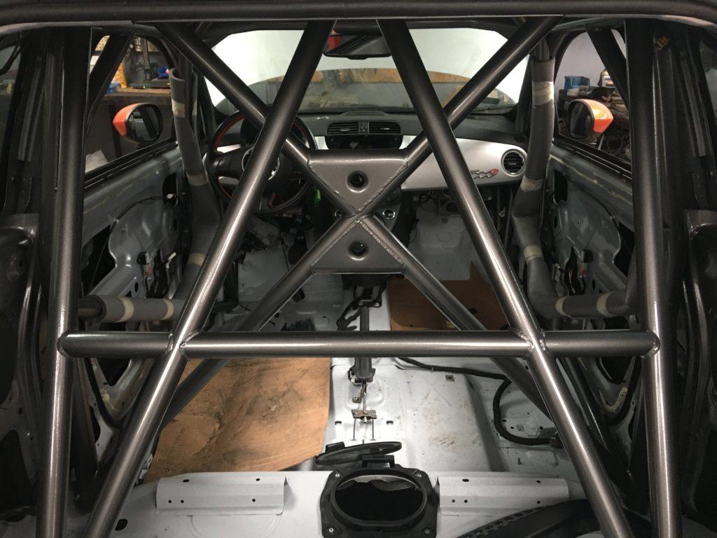 Fiat 500e roll cage